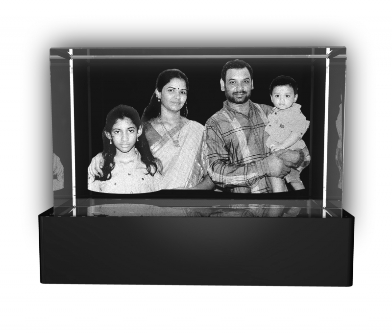 Aadya 3d Crystal Engraved Gifts - Family 3d Photo Personalized Laser Engraved Crystal Cube 6x6x10 Cm
