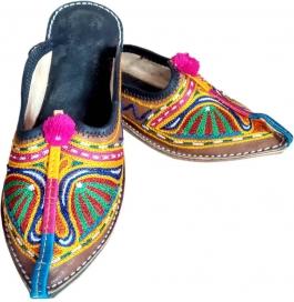 Shopoj Women Multicolor Sandals