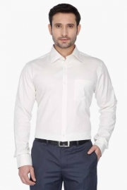 Park Avenue Mens Full Sleeves Slim Fit Formal Solid Shirt