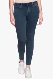 Levis Womens 5 Pocket Mild Wash Jeans