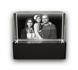 Aadya 3d Crystal Engraved Gifts - Family 3d Photo Personalized Laser Engraved Crystal Cube 5x5x8 Cm