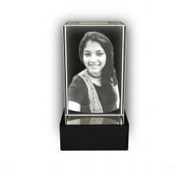 Aadya 3d Crystal Engraved Gifts - Single 3d Photo Personalized Laser Engraved Crystal Cube 6x6x10 Cm