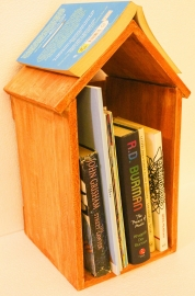 Barish Table Top Book Unit (house)