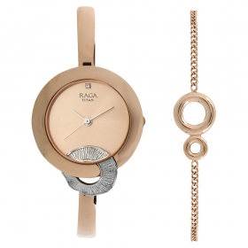 Raga Espana Flemenco By Titan Rose Gold Dial Analog Watch For Women (95051km03f)