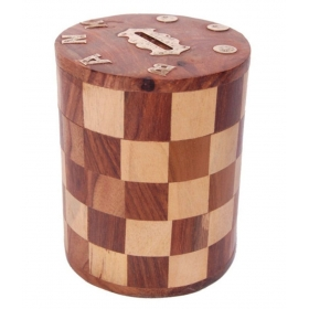Antique Chase Design Wooden Money Bank Size (lxbxh-4x4x5) Inch
