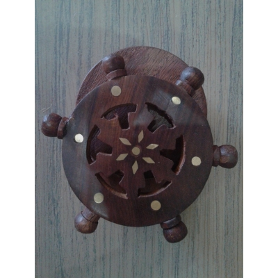 Desi Karigar Wooden Coaster Set Designed In Ship Wheel ( Brown, 4 Inch )