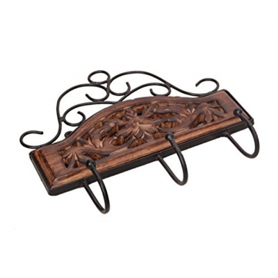 77edd2eac0 Desi Karigar Wooden   Iron Fancy Design Wall Hanging Cloth Hanger With 3  Hooks Size(