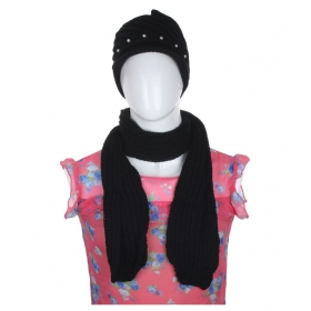 Black Woollen Cap And Muffler Combo For Women