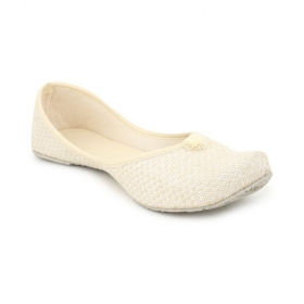 Fashion Victory White Flat Ethnic Footwear