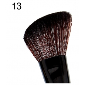 Glamgals Large Angled Natural Face Contour Brush 25 Gm
