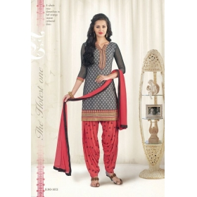 Design No. 1073 / Patiyala House Vol 20 / Kessi Fabrics Pvt. Ltd.