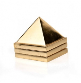 Pyramid Metal Small 1 Inch