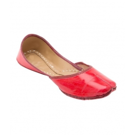 Royal Collection Red Faux Leather Juttis