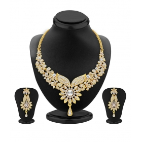 Golden Alloy Bridal Necklace Set