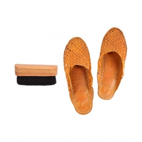 Flat Ethnic Footwear With Shoe Brush