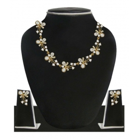 Fascinating Gold Tone Necklace Set Adorned With Austrian Diamond & Pearls - Zpfk5216